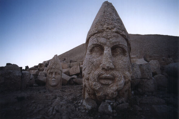 The mysterious stone heads of Nemrut Dagi