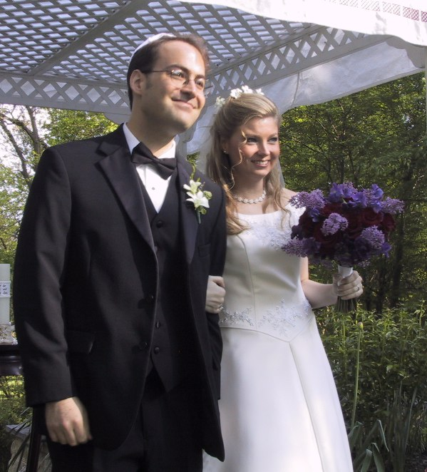 Susanne and Andy tie the knot